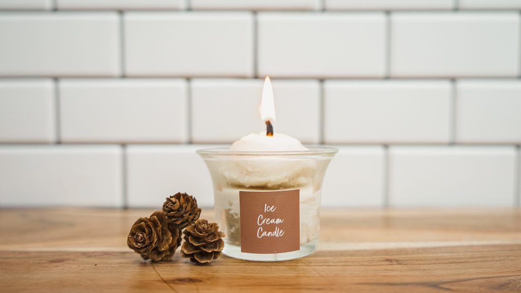 ice cream candle with essential oils